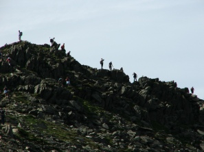 Striding Edge got busy - © Rob Shephard 2007